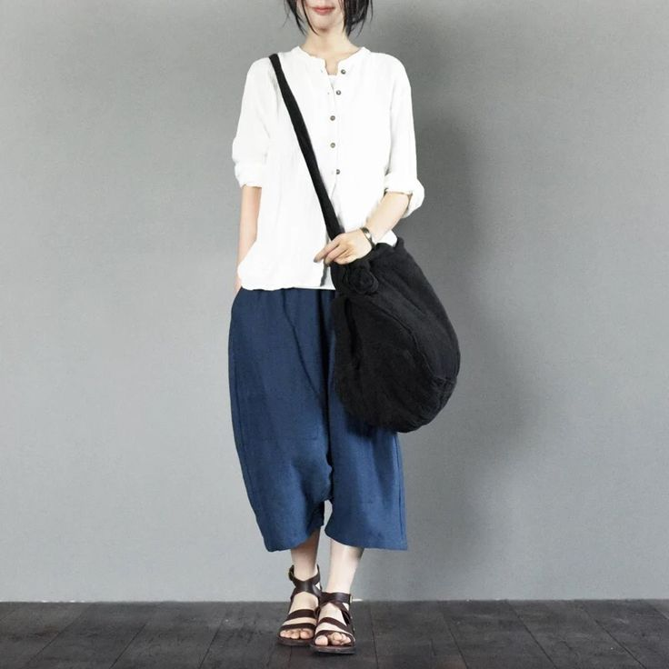 White linen T-shirt for women fashion girl top