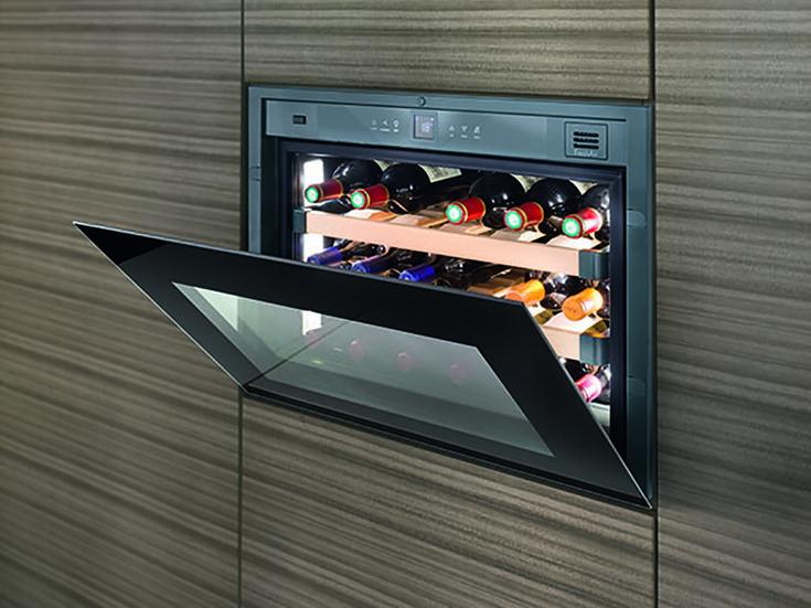 Inbouw wijnkasten van Liebherr met zwart glasdesign WKE 582 GrandCru