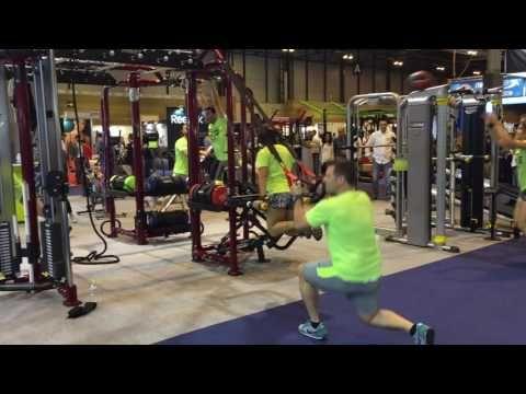 Gym Factory 2016 – Éxito de nuestras máquinas de gimnasio | Jaula Motion Cage de Hoist.