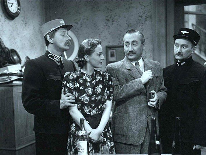 Popular actors od the era: Vlasta Burian, Zita Kabátová, Jaroslav Marvan a Václav Trégl (movie Přednosta stanice)