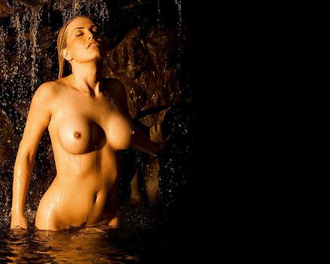 chandra west nude