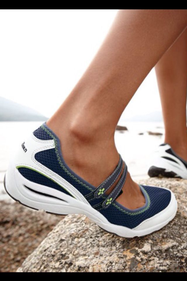 LL Bean Women's Vacationland Sport Mary Janes . good for exploring Japan!