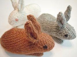 Un exemple d'amigurumi à tricoter: des lapins qui feront merveille dans votre intérieur.