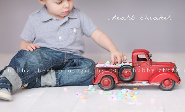 Love the prop, and what a cute idea for Valentine's Day (candy hearts on bed of truck).