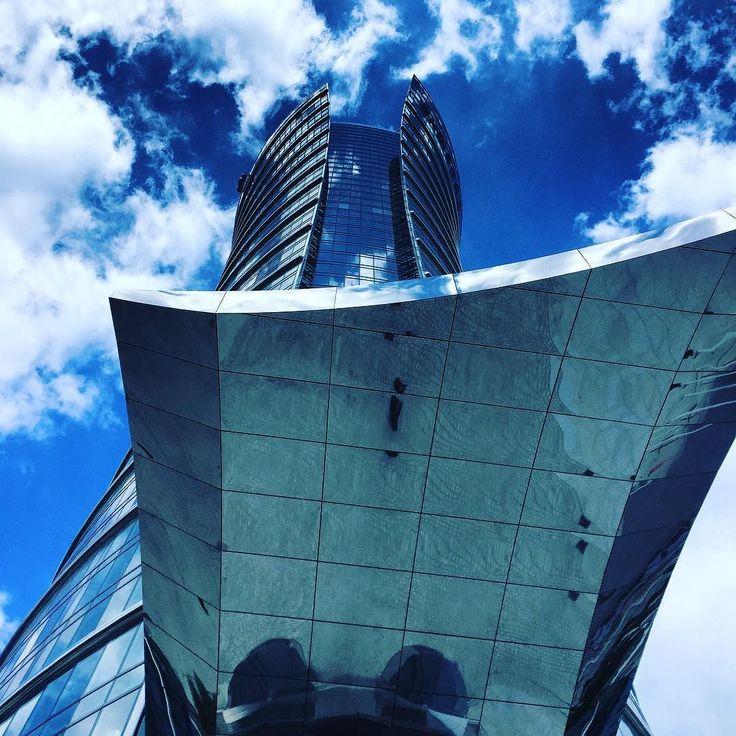 No dobra ładny jest :) #warsaw #warsawspire #warszawa #business #city #glass #clouds #view #citycenter #poland #economy #developer #building #corpo