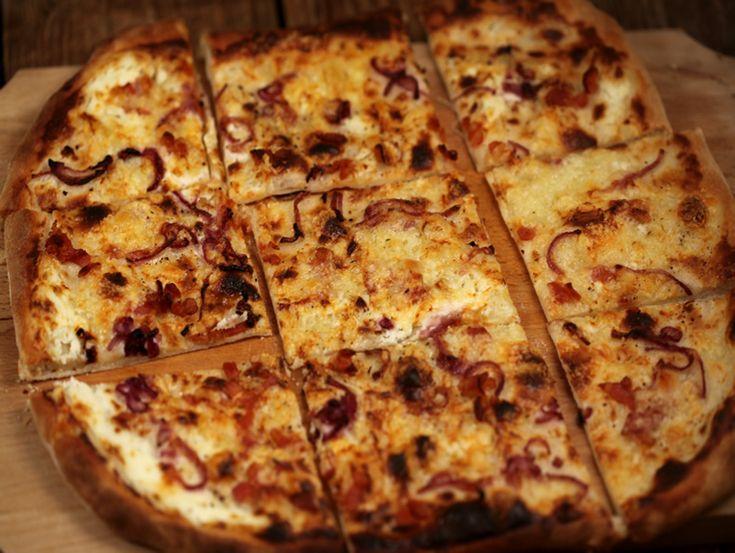 Tarta+cu+ceapa+si+bacon Tarte flambee