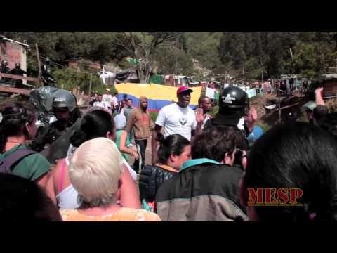 Crónica del desalojo en Villa Café - mayo 28 de 2015 - YouTube