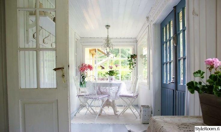 lasikuisti,vanha,veranta,sininen ovi