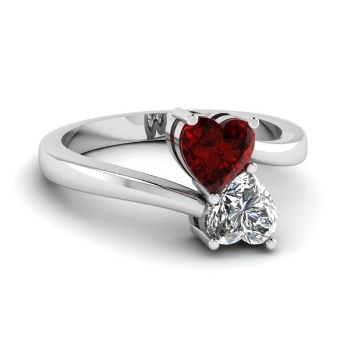 Romantic Engagement Rings With Colored Center Stones