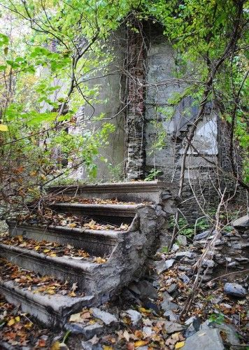 List of Beautiful Ruins to hike in the Hudson Valley
