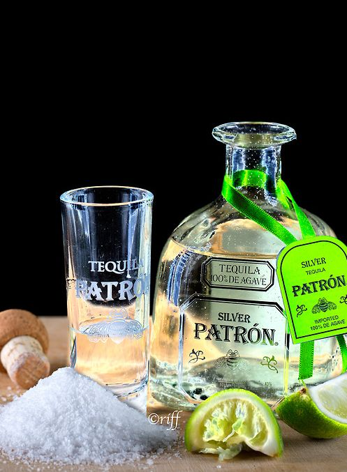 99 best images about it 39 s 5 00 somewhere on pinterest for Party drinks with tequila