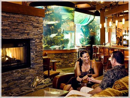 The Aquarium at The Landing Restaurant (Nanoose Bay - Vancouver Island): This 27,000 litre aquarium mesmerizes diners with the tranquil comings and goings of the resident local sea life.