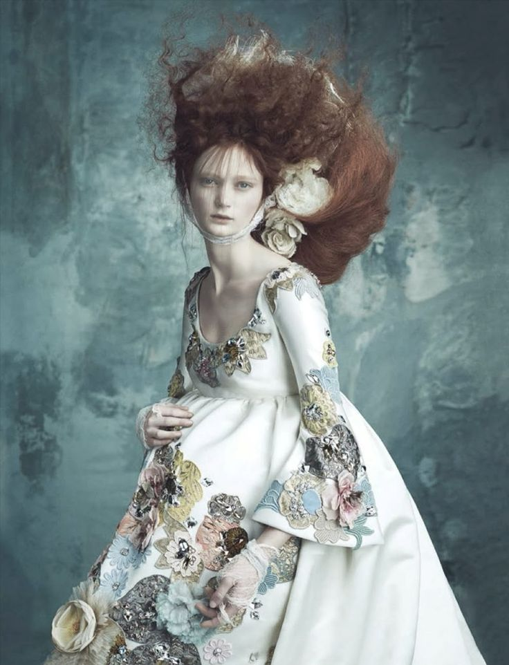 Vogue Germany April 2014 | Dolce Gabbana Haute Couture - Marie-Antoinette - Versailles - Rococo - Baroque