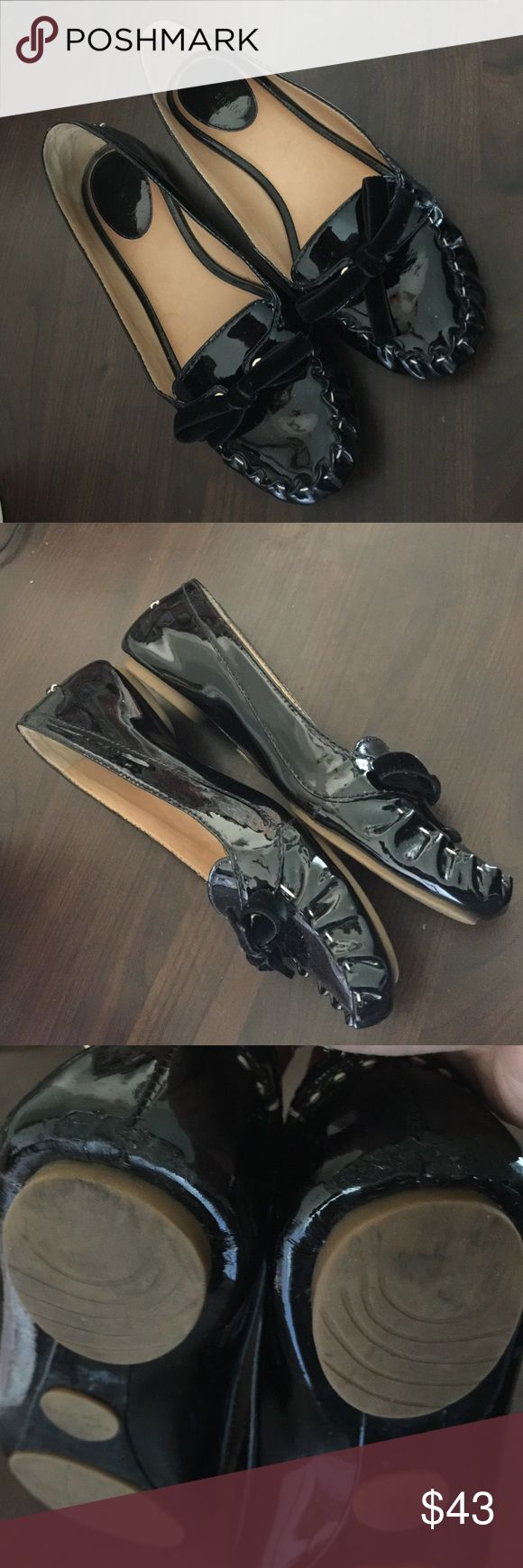 Black flat shoe Kate spate See 3-photo for wear on the back. No trade no LOWBALLS 👉🏾half price offers will not be accepted kate spade Shoes Flats & Loafers