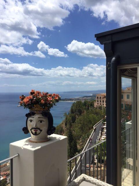 joanheaton519blog: Magnificent Taormina