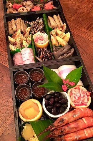 飛騨牛筋いり昆布巻きと薬膳おせち by ママンさん | レシピブログ ...