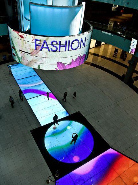 Dubai Mall http://www.moveindubai.com/