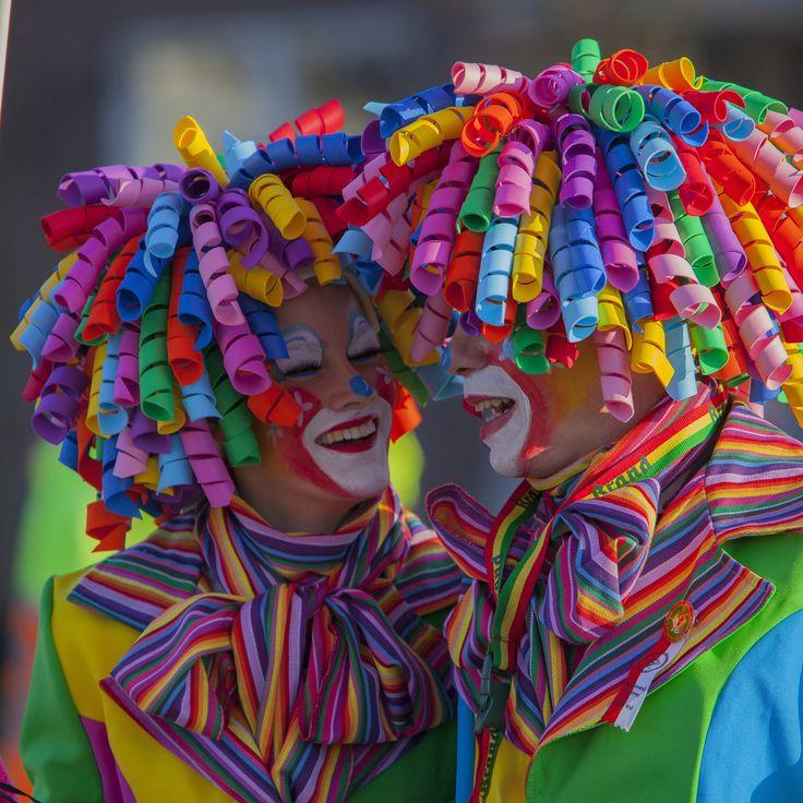 Clown Kostüm mit super Haarpracht