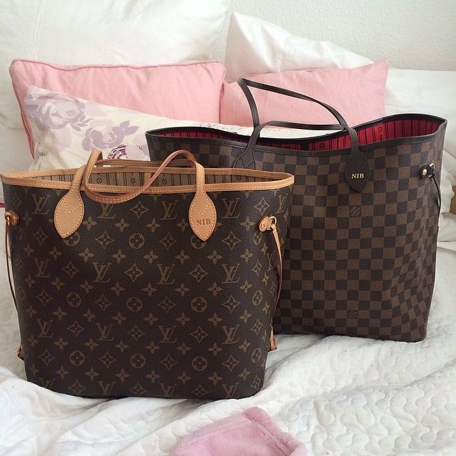 Louis Vuitton Neverfull MM with personalization (in monogram pattern) -- Christmas present from hubby please :)