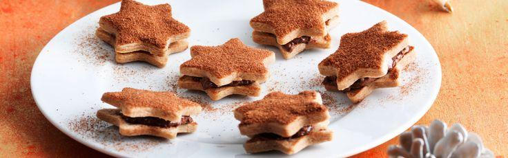 Greif nach den Sternen! Bei diesem Rezept trifft Ovomaltine Crunchy Cream auf das Ovo Pulver. Diese galaktisch-guten Guetzlis musst du probieren.