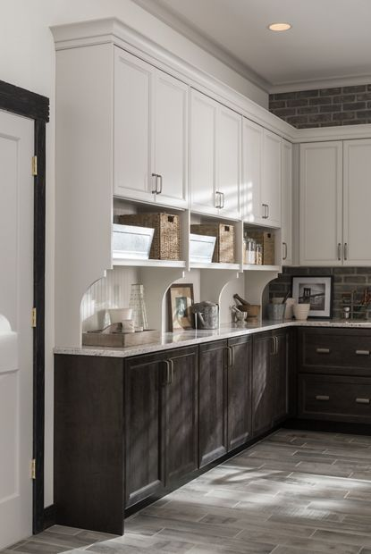 11 Best Medallion Cabinetry Images On Pinterest Kitchen