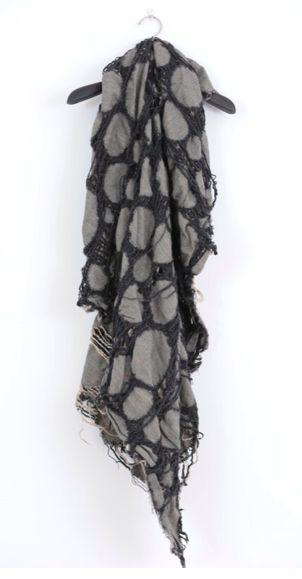 UMA WANG, AW09: chinese designer #scarf #uma_wang #fashion