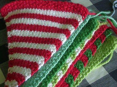 Chirstmas buntingKnits Crochet Crafts, Christmas Buntings, Buntings Ideas, Christmas Purcha, Knits Christmas, Christmas Challenges, Hands Made, Handmade Challenges, Buntings Knits