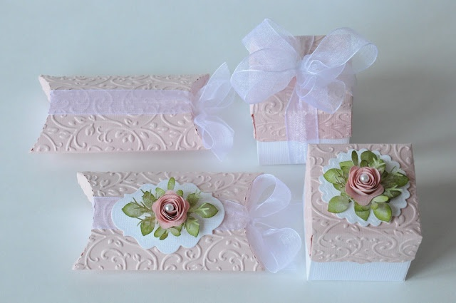 Beautiful embossed pillow box