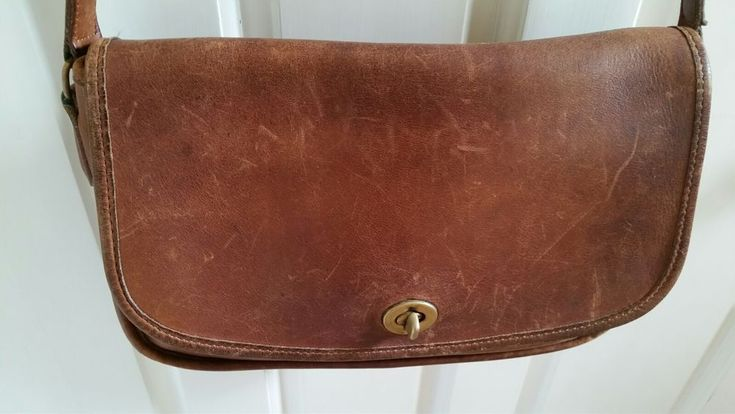 COACH LEATHER CROSS BODY BAG - VINTAGE - GUC #Coach #Crossbody