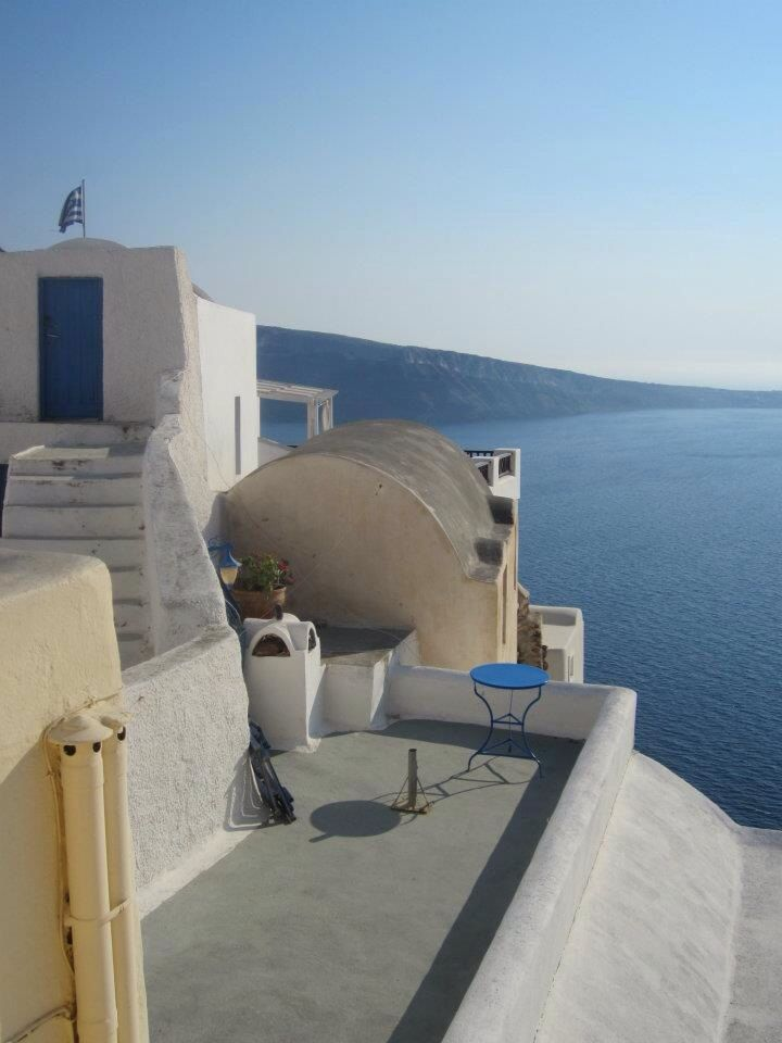 Super Greek style, up in Oia, Santorini