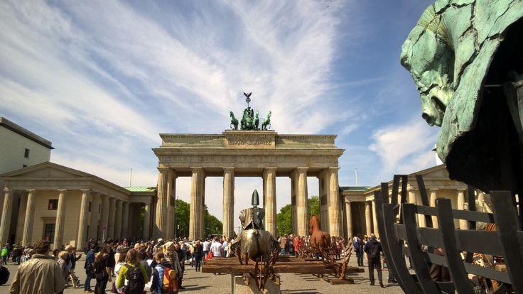 Tagesausflug nach Berlin: Sonntag 8:35h – 19:55h Was die Ordnung anbelangt, Hat…