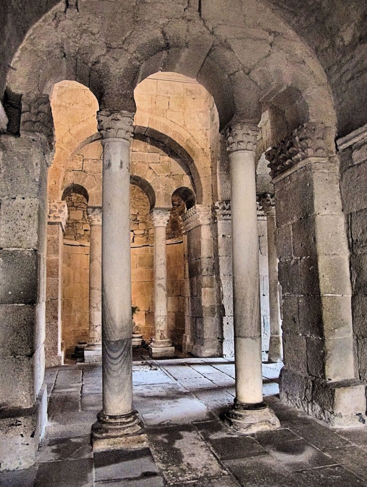 10 best velem r church hungary images on pinterest for Architecture romane