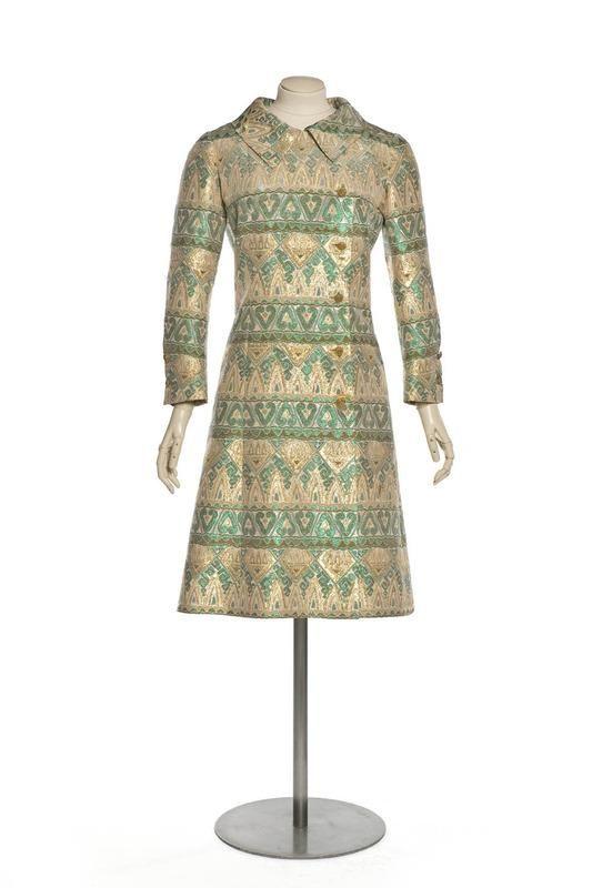 Robe manteau accessoiris 2 pi ces cr ation chanel for Akay maison de couture