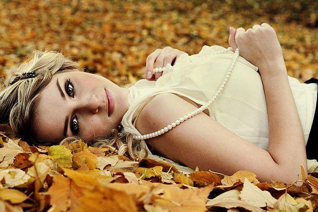 Fall portrait by Erin La Rue Photography