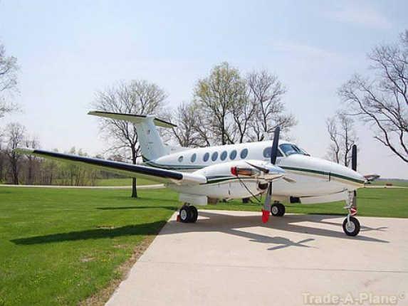 Beechcraft King Air 200 Aircraft    http://www.trade-a-plane.com/for-sale/aircraft/by-make/Beechcraft/King+Air+200