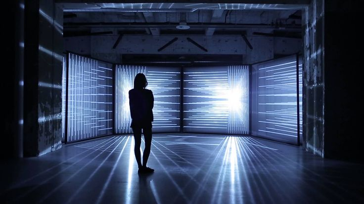 DAYDREAM V.4 is an A/V installation by NONOTAK ( Noemi Schipfer and Takami Nakamoto)
