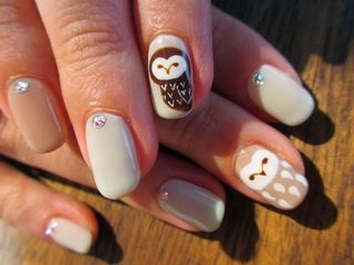 Owl Mani - by Nail Haco Melissa Reid I know u will love this!