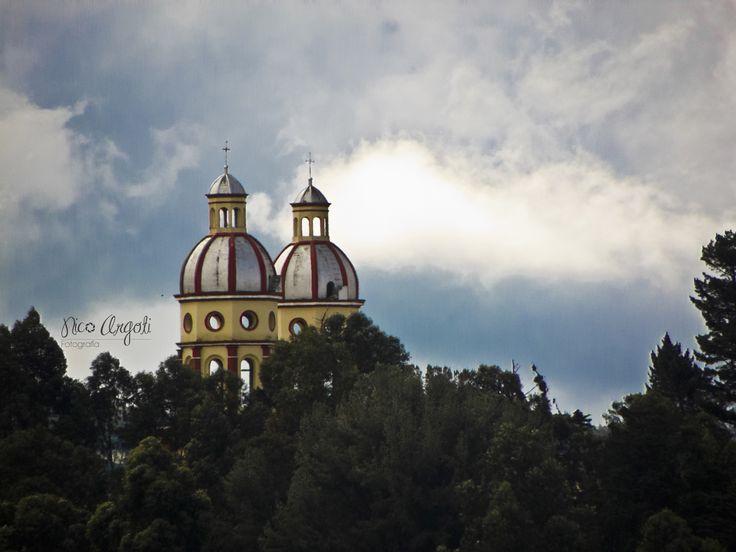 Torres iglesia de Santiago.  San Juan de Pasto - Colombia.