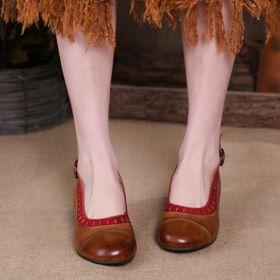 Босоножки на фигурном каблуке с открытым задником