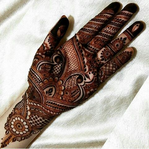 hayats_henna