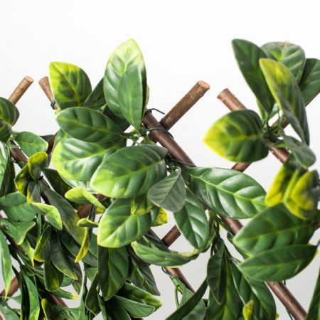 Expandable Faux Laurel Leaf Treillis  – Naturae Decor