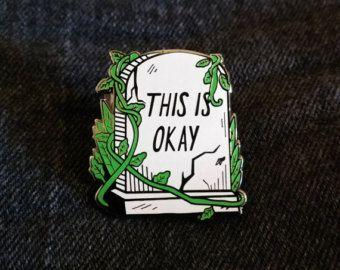 Super glanzende Spiegel Black kat pin! Als u houdt van ruimte en katten, is dit voor jou!  Hard emaille pins 1,25