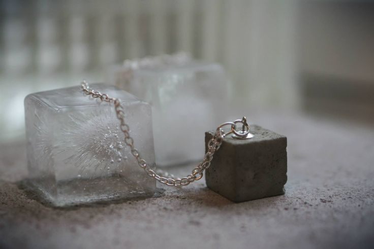 Concrete pendant with silverplated chain