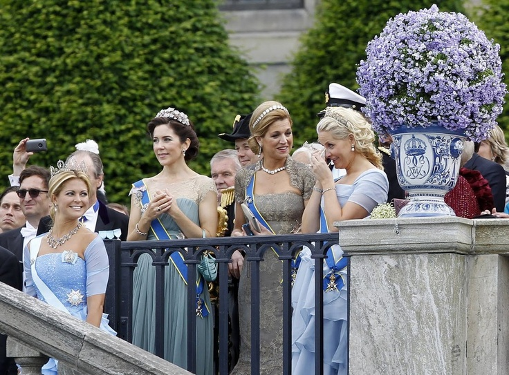 Princess Madeleine of Sweden, Crown Princess Mary of Denmark, Crown Princess Maxima of the Netherlands and Crown Princess Mette-Marit of Norway at the royal wedding of Crown Princess Victoria of Sweden - I loved this moment.