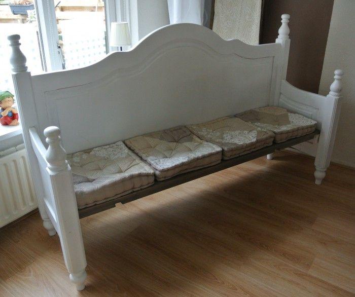 leuke bank. ook te maken van een oud bed.