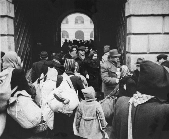 Theresienstadt nazi ghetto located in czechoslovakia