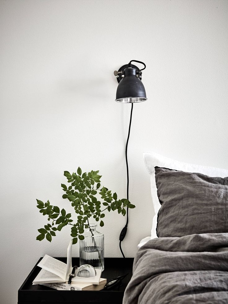 Fresh monochrome home – via cocolapinedesign.com