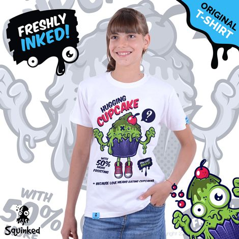 Green Hugging Cupcake...  *T-shirt for girls! *Tricou pentru fetiţe!
