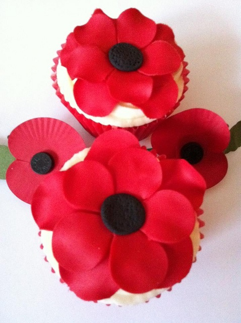 Lest we Forget  - Poppy Cupcakes by Cutie Cupcakes (aka Heather), via Flickr