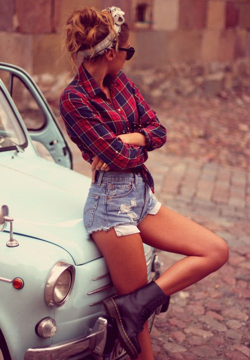 Hipster chick leaning against old fiat 500, flannel, doc martins #girl #fiat #hipster